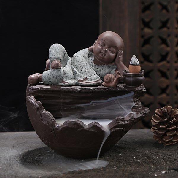 5Cgo【茗道】含稅會員有優惠522157375339 陶瓷香爐倒流熏香香爐小和尚創意茶道香爐家居裝飾沙彌擺件