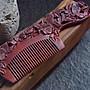 ❀蘇蘇購物館❀非洲小葉紫檀木梳細齒紅木雙面木雕梳家用女 可刻字