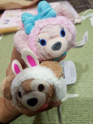 香港迪士尼復活節兔子達菲雪莉玫TSUM TSUM 娃娃一對。