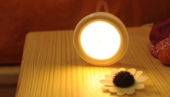 【現貨】電池式 暖光 白光 感應式衣櫥燈 小夜燈 感應燈 燈 衣櫥燈 衣櫃燈 床頭燈 夜燈 電池