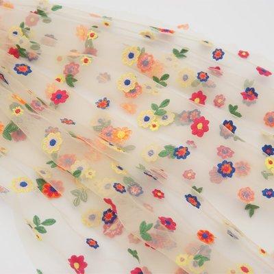 橙子的店 W246韓版七彩清新繡花刺繡軟網紗蕾絲布料連衣裙服裝面料