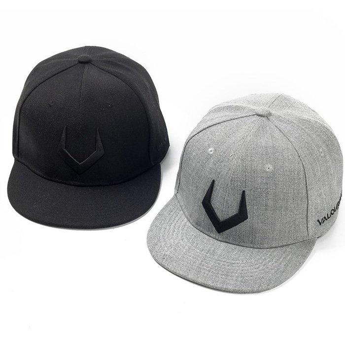 FIND 韓國品牌棒球帽 男女情侶 時尚街頭潮流 V字母刺繡 帽子 太陽帽 鴨舌帽 棒球帽