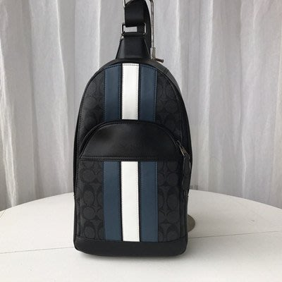 恬恬精品 COACH 67249  全新黑灰色防刮PVC皮革 單肩後背包 胸前包側背包