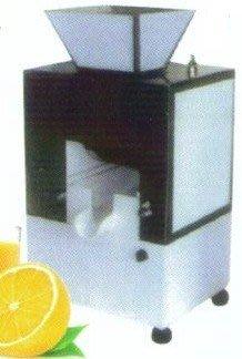 全新 全自動壓汁機 / 柳丁榨汁機 / 果汁榨汁機 / 自動榨汁機