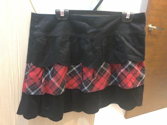 小花別針、百貨專櫃【 ma tsu mi】格紋黑色短裙