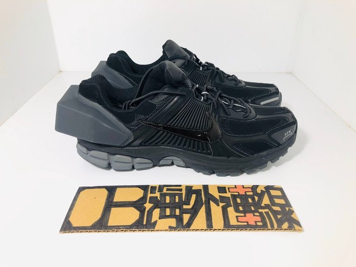 A COLD WALL x Nike Zoom Vomero 5 AT3152-001 聯名 ACW 黑 框架 慢跑