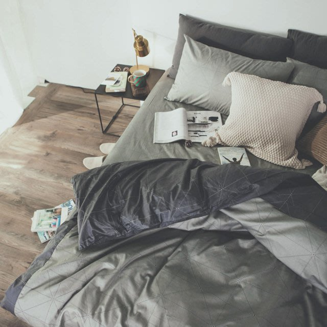 MIT精梳棉-床包薄被套組/雙人加大【艾維斯-黑灰】絲薇諾