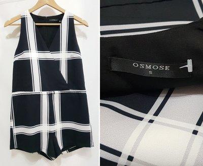 新加坡 OSMOSE 歐美V領顯瘦線條短褲