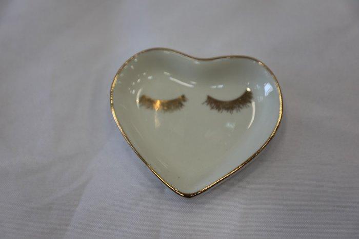 (台中 可愛小舖)歐式古典風格-白色愛心睫毛 金色睫毛盤醬料盤下午茶甜點店咖啡店自家餐廳民