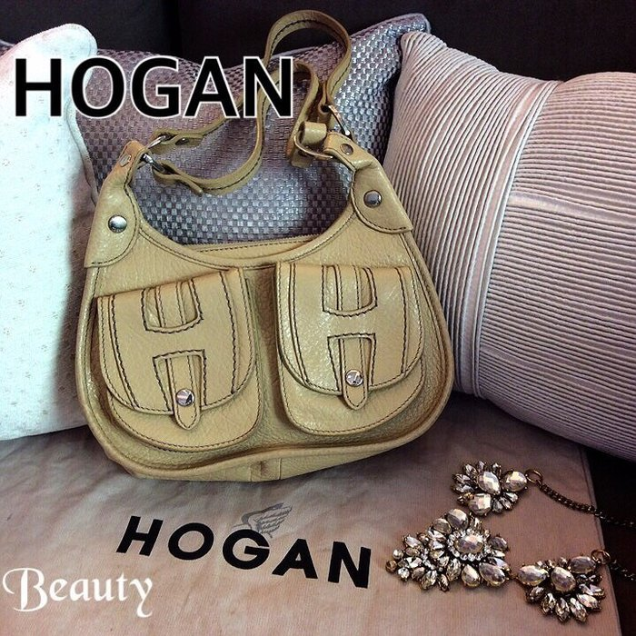 *Beauty*HOGAN米白色小側背包 JOW 原價30000元