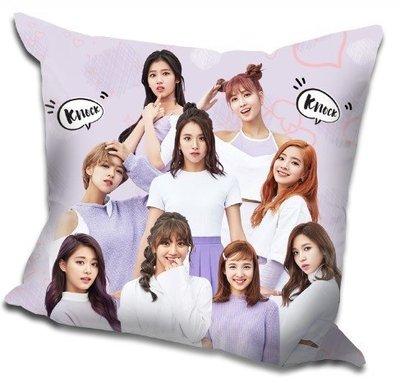 現貨!TWICE 全體 周子瑜 娜璉 Momo 抱枕 靠墊 枕頭,40x40cm,緞紋布,色彩鮮豔,印製精美。E款