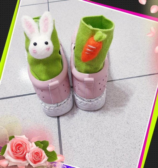 最低價💯現貨立馬出貨➡超萌羊毛氈立體可愛兔兔、胡蘿蔔不對稱襪,新品特價$79,選色請備註/老闆娘私心自己全包色了