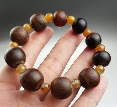 鳳崗文創---{雜項89}---稀有角珠手串—最大尺寸:1.8*1.8公分
