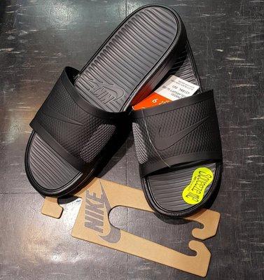 已缺貨 NIKE 拖鞋 BENASSI SOLARSOFT SLIDE 431884-001 黑 黑色 深灰
