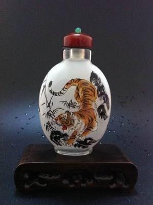 老虎圖1內畫鼻煙壺中國特色手工藝品中國風外事商務小禮品手繪送長輩 壺說75