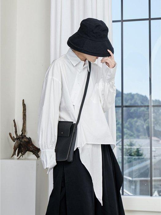 【鈷藍家】山本風SU秋小眾Yohji暗黑風不規則白襯衫斜邊不對稱后開叉襯衫