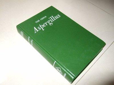 古集二手書s ~The Genus Aspergillus 1977 側面少許黃斑