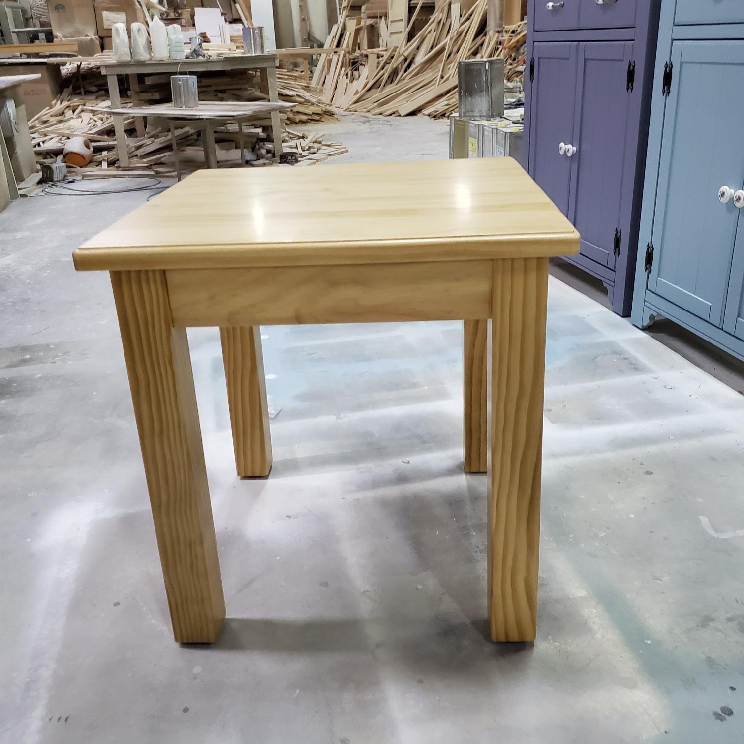 美生活館--訂製家具 全紐西蘭松木 原木色 正方桌 邊几 茶几 工作桌 也可修改尺寸顏色再報價