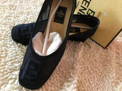 FENDI  LOGO刺繡 精品鞋 跟鞋 原價約2萬 夏季 保證真品 附鞋盒otani_a
