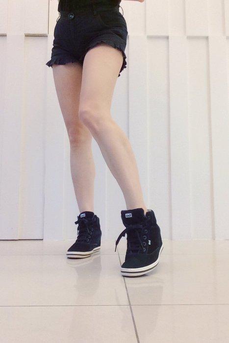 *Beauty*Ked's黑色麂皮楔型底布鞋 休閒鞋  GR EUR37.5US7號 原價2990元