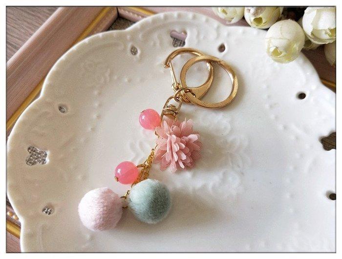 玫瑰森林-- ☆°* 美麗嚴選~手作 甜美的禮物浪漫可愛球球 鑰匙圈