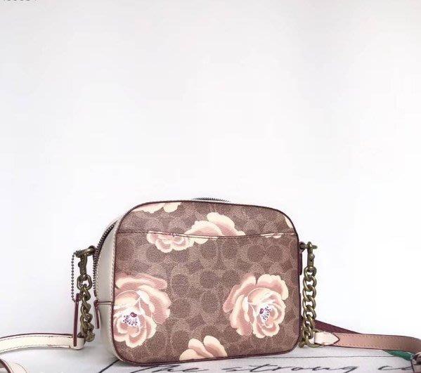 我愛名牌COACH包 美國100%正品【 清倉低價出售購買兩件免運31695 大花朵圖案相機包 斜背包 女士側背包