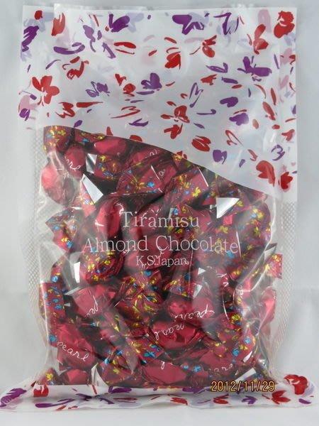 *日式雜貨館*日本提拉米蘇巧克力/黑芝麻巧克力/北海道杏仁白巧克力/干貝糖 現貨!