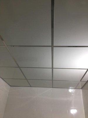 輕鋼架 不鏽鋼骨架 T-BAR 綠建材 防火 隔熱 浴室天花板 立柱 上下槽 C型鋼 角鐵 DIY 台灣製造 MIT 屏東縣