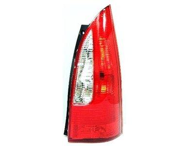 ~~ADT.車燈.車材~~馬自達 PREMACY 1.8 原廠型紅白尾燈一邊1600