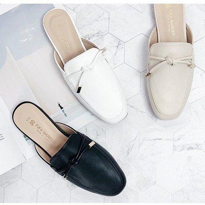 【富發牌】氣質綁結金飾平底穆勒鞋(版型偏小)-杏/白/黑 1PE64采靚鞋包精品