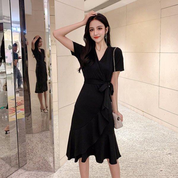 連身裙 #J-043 V領赫本心心機小黑裙