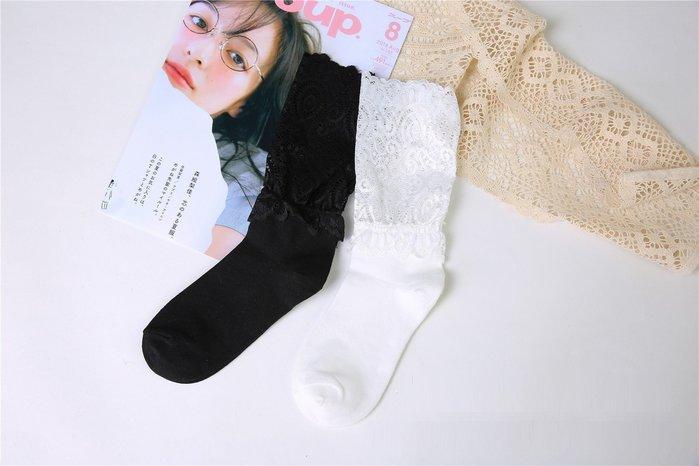 ☆[Hankaro]☆ 流行爆款透膚蕾絲織花風格中筒短襪(2雙一組)~(合併批發另洽)