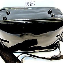 【YOGSBEAR】台灣製造 B 特價出清 大容量 休閒包 肩背包 亮面側背包 書包 公事包 電腦包 D49