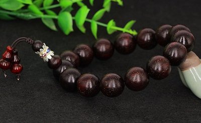 印度小叶紫檀老料满星Indian rosewood is full of stars