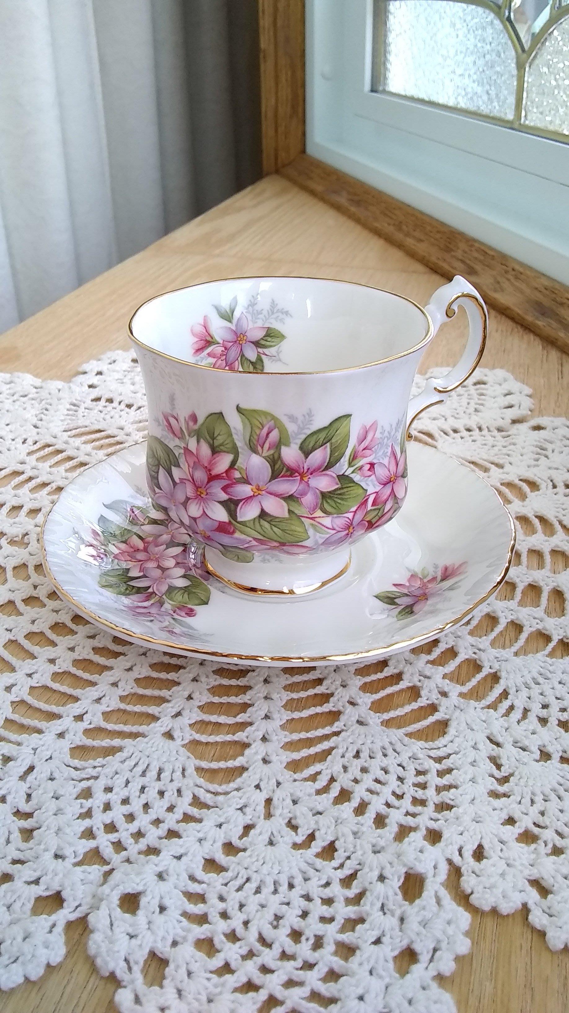 [華生小舖] 英國製 產品名:Paragon 派拉岡 五月花 (Mayflower) 細骨瓷 濃縮咖啡杯碟組