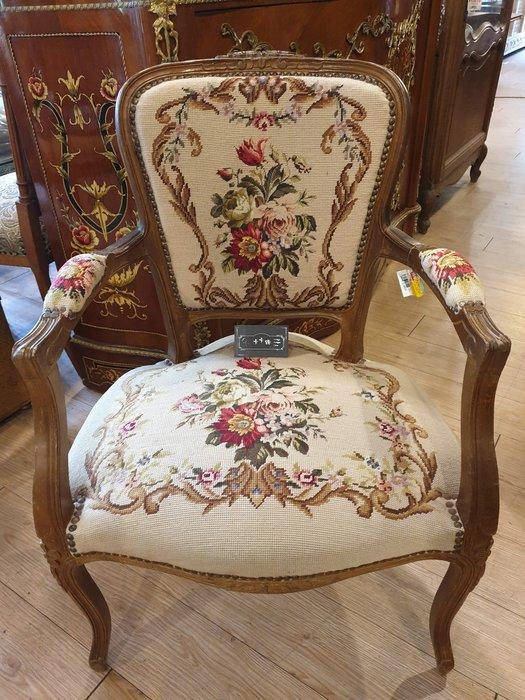 【卡卡頌 歐洲跳蚤市場 / 西洋古董 】清倉特價 !! 法國 十字繡  針織  路易十五  雕刻扶手椅  ch0109✬