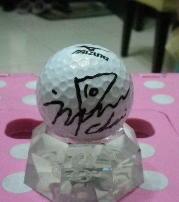棒球天地--賣場唯一--LPGA高爾夫球台灣賽南韓崔蘿蓮최나연簽名球.字跡漂亮--1