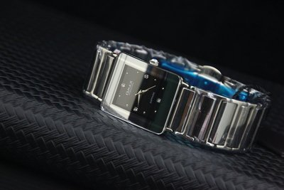 OMAX頂級水晶鏡面sapphire不鏽鋼殼+鎢鋼時尚防水石英錶!比雷達超值