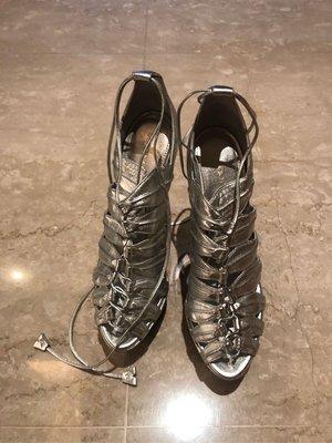 義大利 名牌 Sergio Rossi 女神 銀色 真皮 羅馬 綁帶款式 魚口 高跟鞋 runway 小S 大S 劉真 孫芸芸 size 38