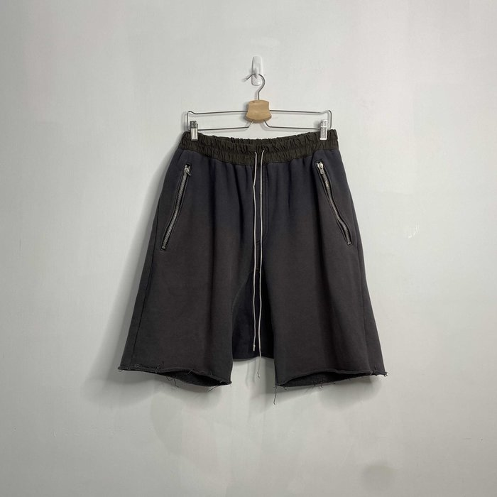 (Used) Fear of God Fourth Collection Drawstring Shorts 洗舊黑