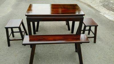 A047 {崙頂傳統原木家具行}~杉木實木固定桌配杉木板凳四腳椅整組 接受訂做.訂色