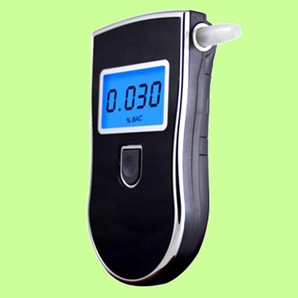 5Cgo【代購】酒後必備伴侶 Breathalyzer 專業型 藍色背光液晶數位酒精測試 酒測器 送濾嘴 含稅會員扣5%