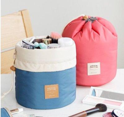 全新   旅行必帶     收納包 圓筒大容量化妝包  防摔大容量 圓筒收納化妝包  現貨粉色