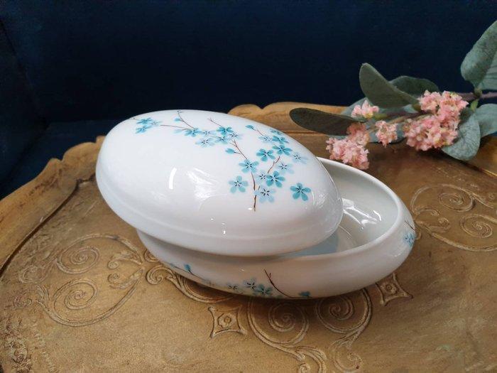 【卡卡頌 歐洲古董】💎法國 LIMOGES 美麗綻放小藍花 古典 瓷盒 首飾盒 珠寶盒 (老件未用) p1814 ✬