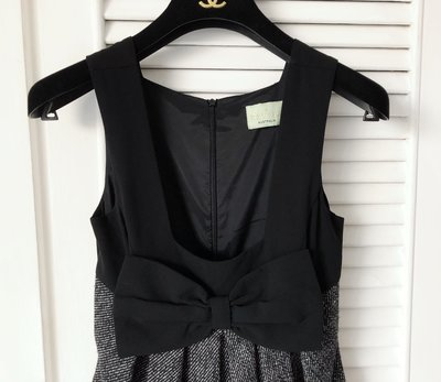 澳洲平價品牌 REVIEW 黑灰拼接大蝴蝶結背心式洋裝👗