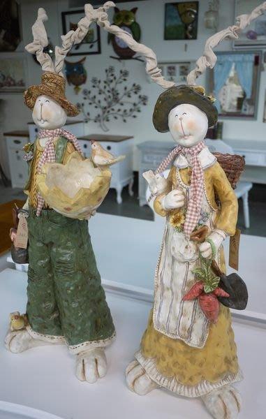 【布拉格歐風傢俱】 可愛裝飾情侶布耳兔  擺飾  店面 學校 餐廳 庭院擺飾  $ 2090/個