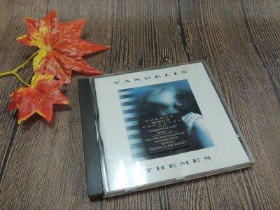 Q2002-二三十年前二手CD】VANGELIS范吉利斯精選集-THEMES-外殼受損-海之女.火戰車.失蹤等14首-P