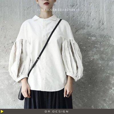 ►DR.DESIGN│DR2588-暗黑系 復古 宮廷風格 日系 破壞 割邊 寬鬆感 大燈籠袖 條狀拼接 米白色ㄙ襯衫