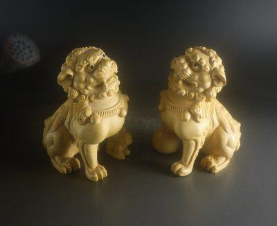 黃楊木 ~ 對獅  一對 ~ 精雕   P2526