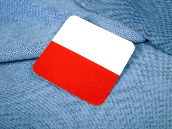 【國旗貼紙專賣店】波蘭方形登機行李箱貼紙/抗UV防水/旅行箱/世界多國可收集訂製
